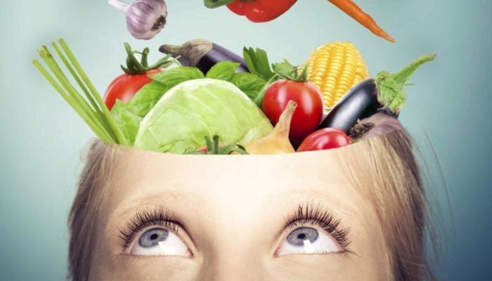 اطعمة لعلاج والحماية من مرض الزهايمر