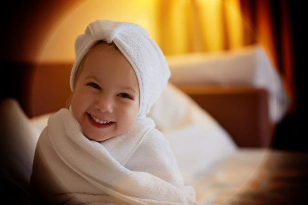 العلاجات المنزلية لبشرة الطفل الجافة