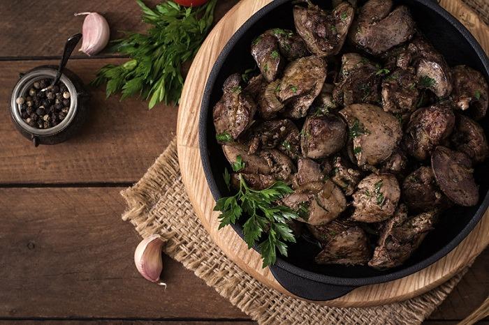 فوائد كبد الدجاج والقيمة الغذائية وأضراره الصحية