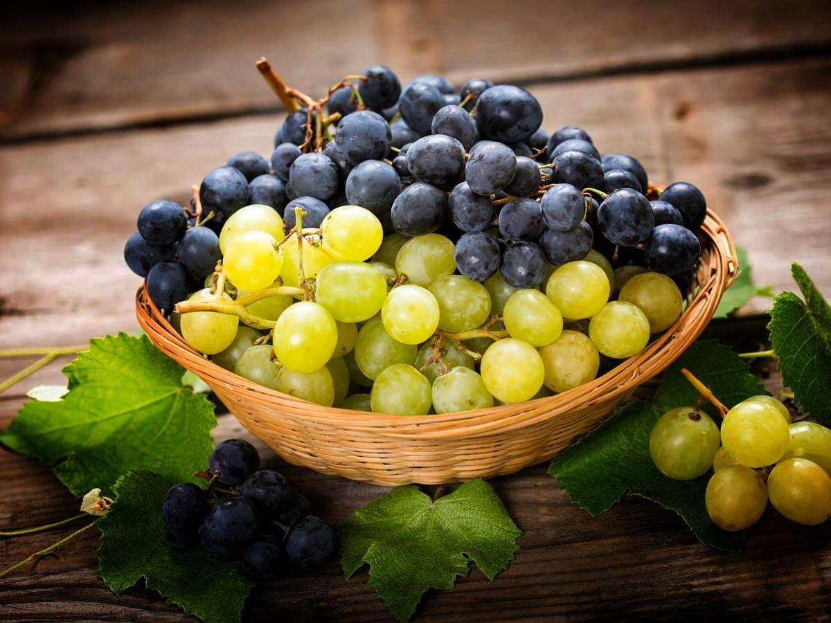 السعرات الحرارية في العنب - القيمة الغذائية للعنب