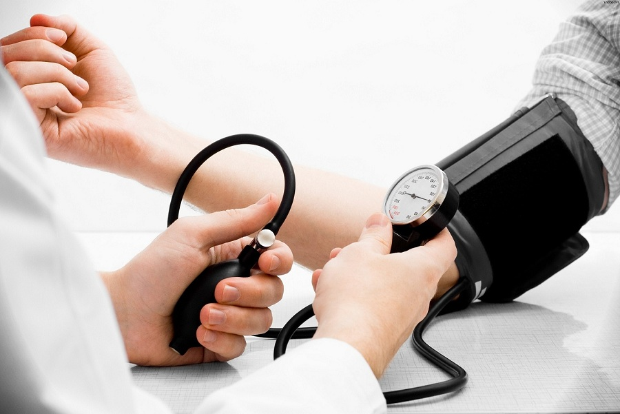 تأثير ارتفاع ضغط الدم في الحمل على صحة الأم والجنين