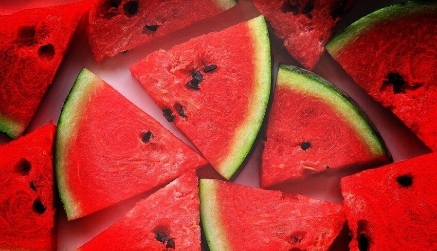 فوائد البطيخ - القيمة الغذائية للبطيخ - سعرات البطيخ