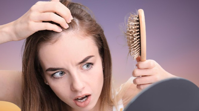 الوقاية من تساقط الشعر في نظام الكيتو